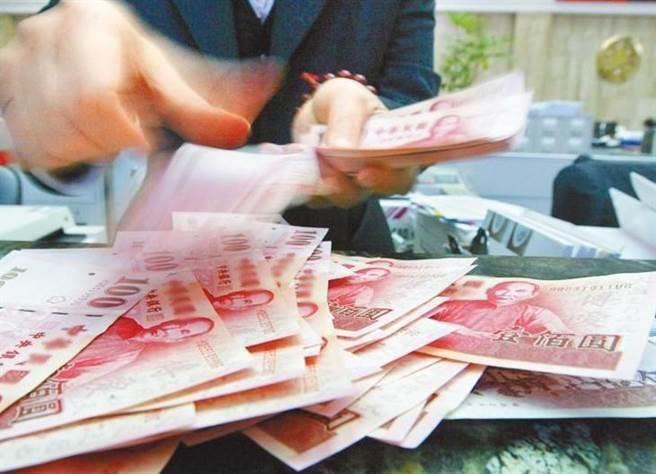 """台湾什么东西比岛外便宜?网友狂推""""薪水""""最便宜。(图片来源:台湾《中时电子报》)"""
