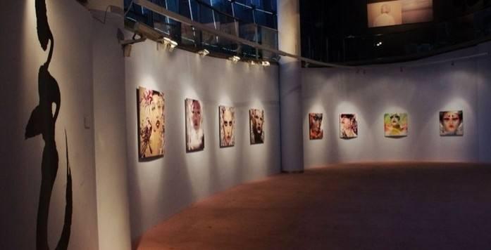"""В Музее современного искусства Шанхая открылась выставка """"Энергетическое поле"""""""