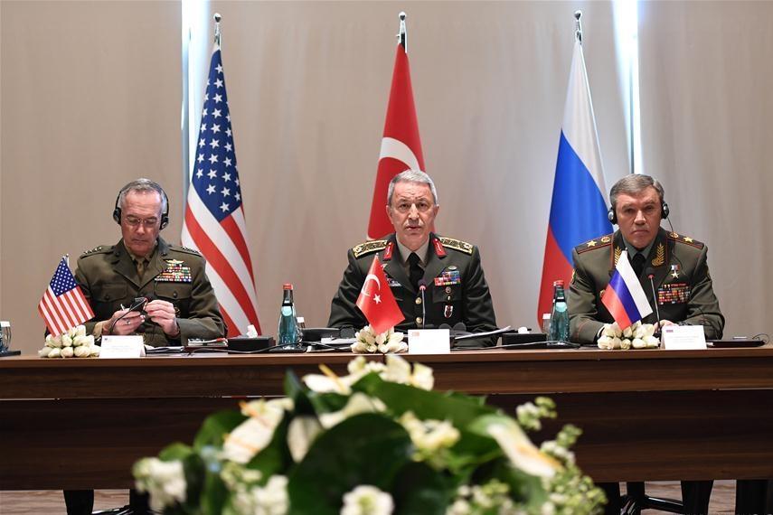 رئيس هيئة الاركان التركية ونظيريه الروسي والامريكي يجتمعون حول سوريا والعراق