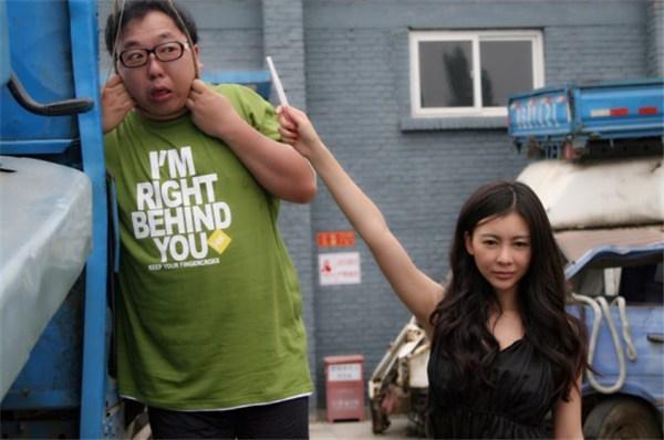 巩新亮竟然素颜出演电影