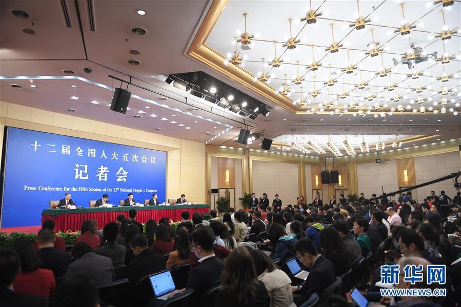 Глава Минпрома рассказал о реализации плана промышленного развития страны