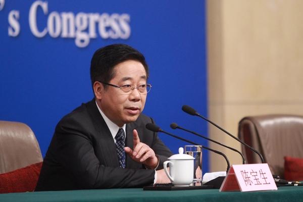 وزير التعليم الصيني يجيب على أسئلة الصحفيين بشأن إصلاح التعليم وتحسين جودته في الصين