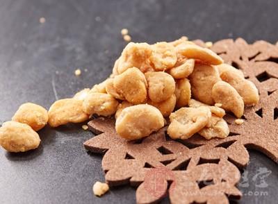 蚕豆中含有大量蛋白质