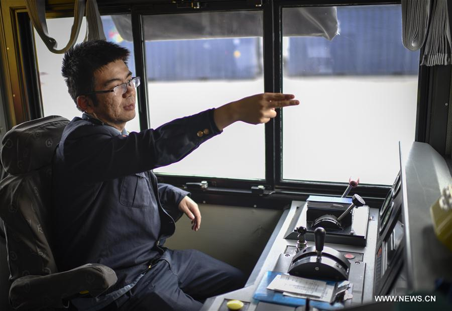 Bai Ying, driver of the freight train X9081 heading for Kazakhstan