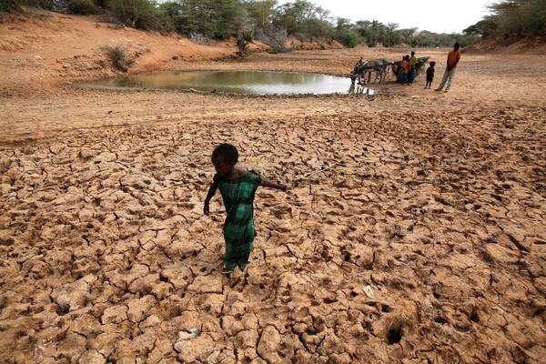 Les enfants somaliens quittent l