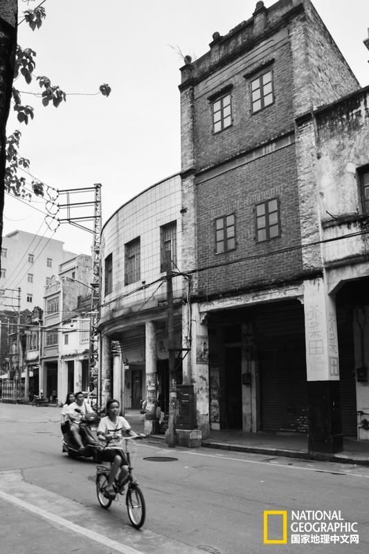 全国最小镇的百年老街