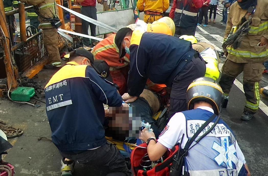高雄下水道工程发生气爆意外致1死3伤