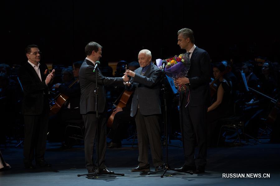 В Москве прошла церемония вручения музыкальной премии 《BraVo》