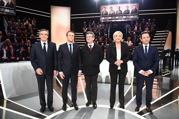 Cinq candidats se sont affrontés lors d