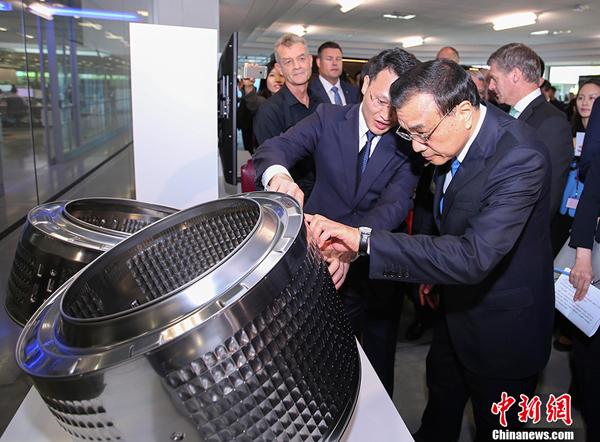 Le Premier ministre chinois visite le centre de recherche Fisher and Paykel