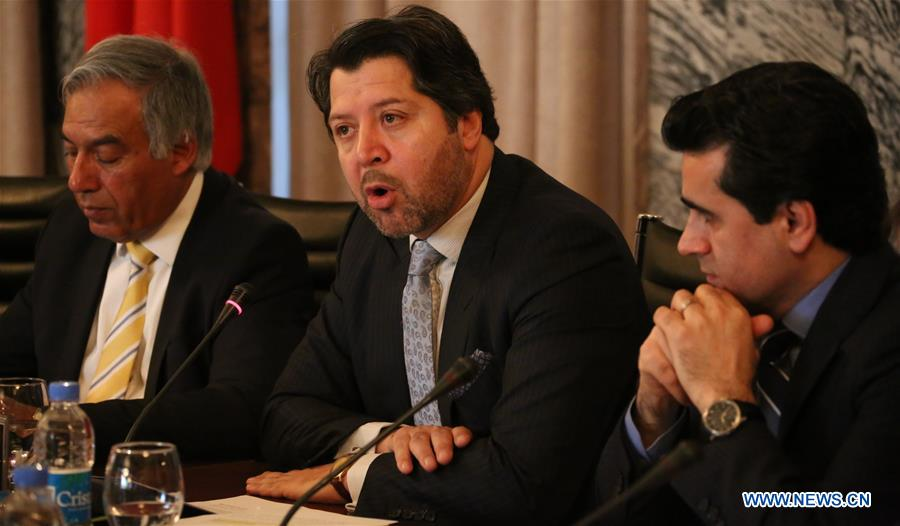 """Afghan Deputy Foreign Minister Hekmat Khalil Karzai (C) speaks during the """"Belt and Road"""" seminar held in Kabul, capital of Afghanistan, March 29, 2017. China"""