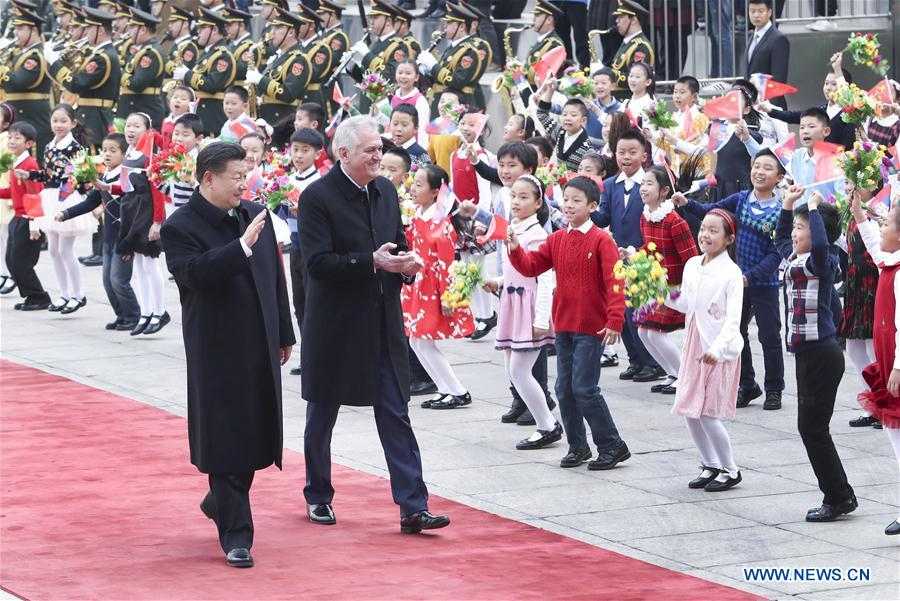Chinese President Xi Jinping (L) holds a welcome ceremony for visiting Serbian President Tomislav Nikolic in Beijing, capital of China, March 30, 2017. (Xinhua/Pang Xinglei)