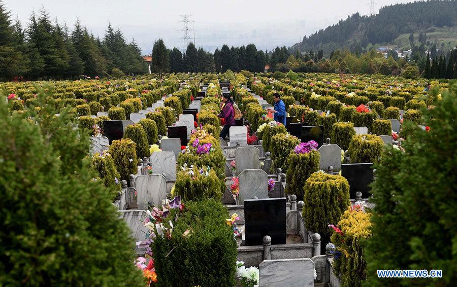 Environ 14,56 millions de Chinois ont rendu hommage à leur proches pendant la fête des morts