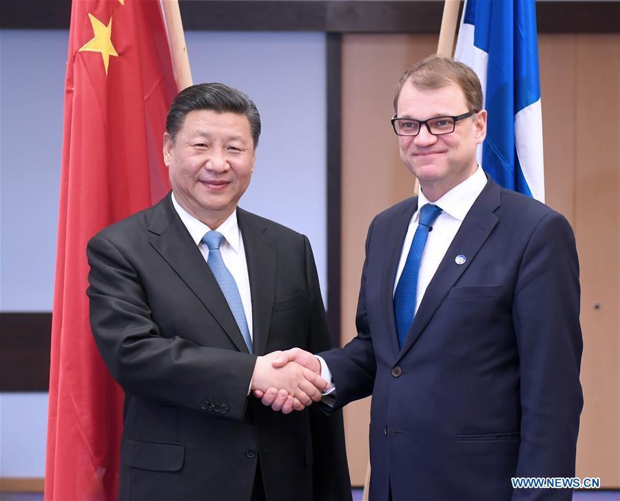 Entretien entre le président chinois et le Premier ministre finlandais sur la coopération bilatérale