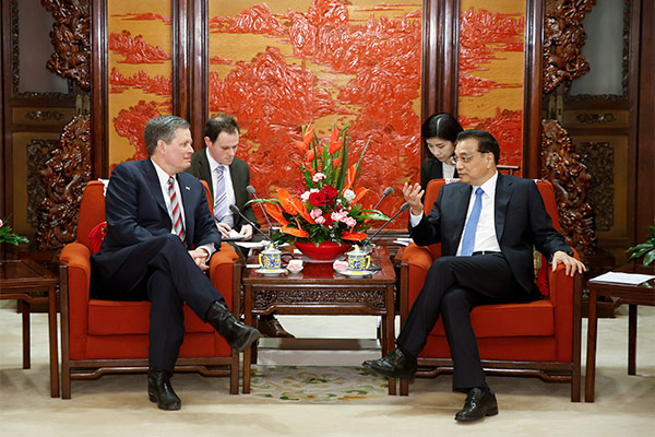 Premier Li Keqiang met with a delegation from the US Congress on April 10 in Beijing. This is the first Congressional delegation to visit China since members of the new Senate and House of Representatives were elected.