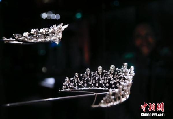 Glittering pieces by renowned French jewelry-brand Chaumet have made their way to the Far East, right here at Beijing