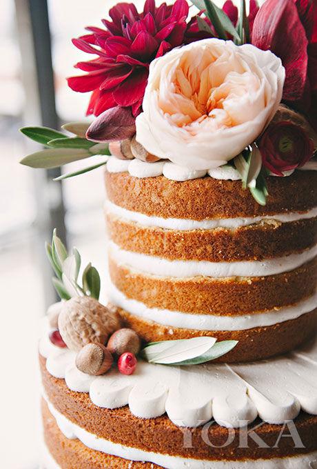香草奶油坚果双层裸蛋糕