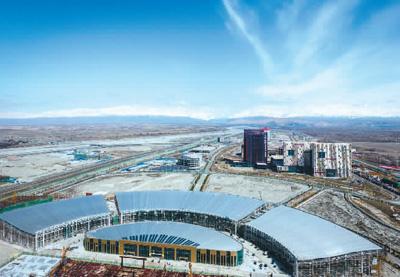 中哈霍尔果斯国际边境合作中心。   新华社记者 赵 戈摄