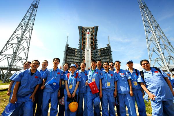 Industrie spatiale: la Chine envoie son premier vaisseau cargo dans l'espace