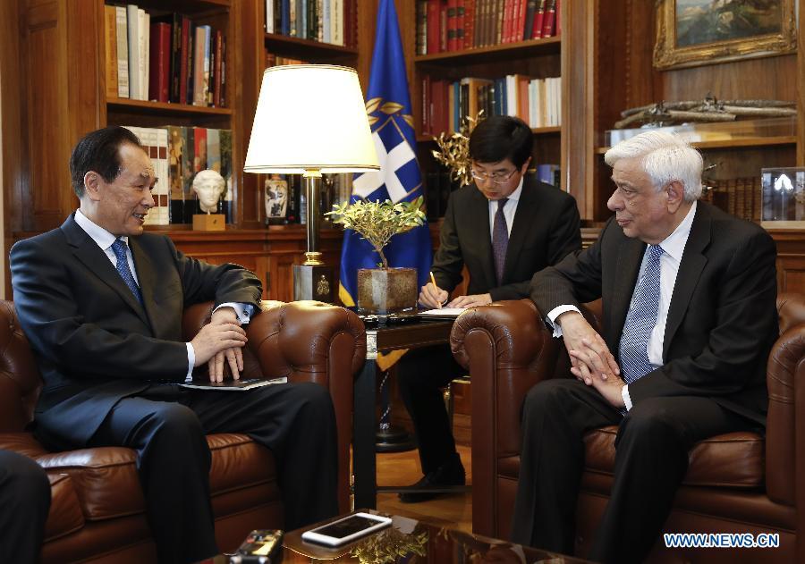 """Le prochain Forum de """"la Ceinture et la Route"""" revêt une signification mondiale (président grec)"""