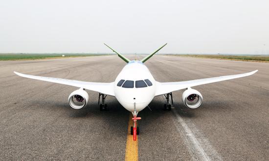 机身大量运用复合材料,次承力部件和起落架均采用了先进的3d打印技术.