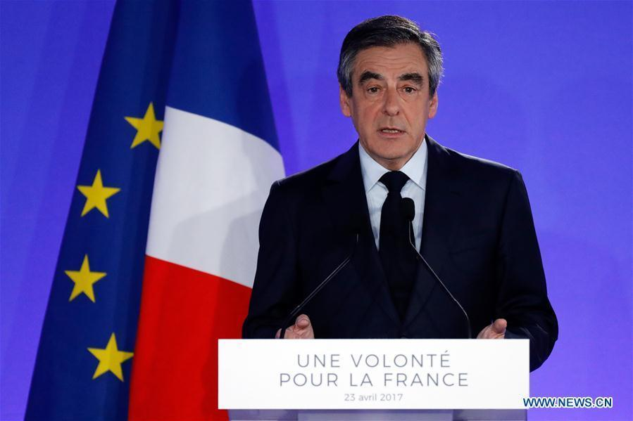 France/présidentielle : François Fillon apppelle à voter pour Macron