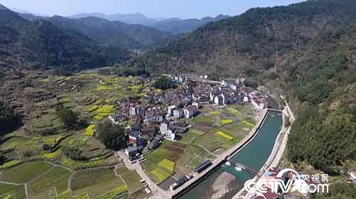 最早开始河道承包的青田县章村乡吴村