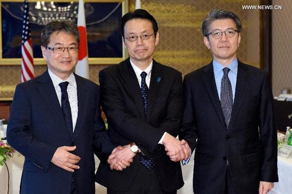 مسؤولون من الولايات المتحدة وكوريا الجنوبية واليابان يجتمعون لتنسيق التحركات وسط التوترات فى شبه الجزيرة الكورية