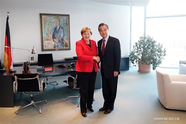 ميركل: ألمانيا تدعم مبادرة الحزام والطريق وتتمنى نجاح المنتدى المقبل