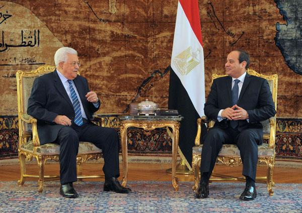 Mahmoud Abbas au Caire pour discuter du conflit israélo-palestinien