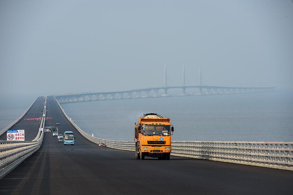 Achèvement en vue pour le pont Hong Kong-Macao-Zhuhai