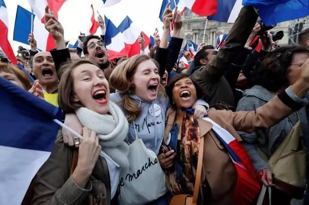 法国迎来史上最年轻总统,习近平致贺电