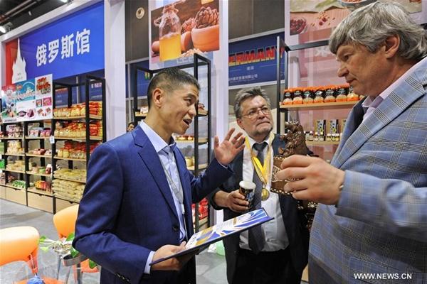 التجارة الثنائية بين الصين وروسيا -- لمحة عن سوق ييوو