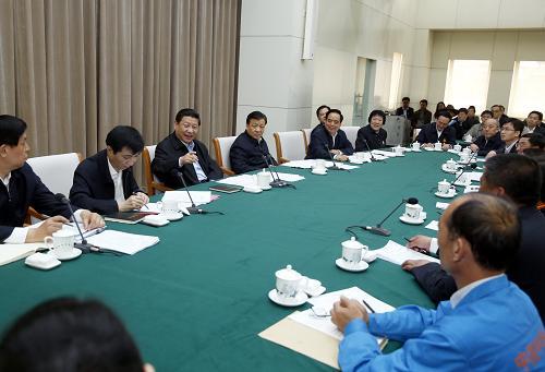 4月28日,中共中央总书记、国家主席、中央军委主席习近平来到全国总工会机关,同全国劳动模范代表座谈并发表重要讲话。