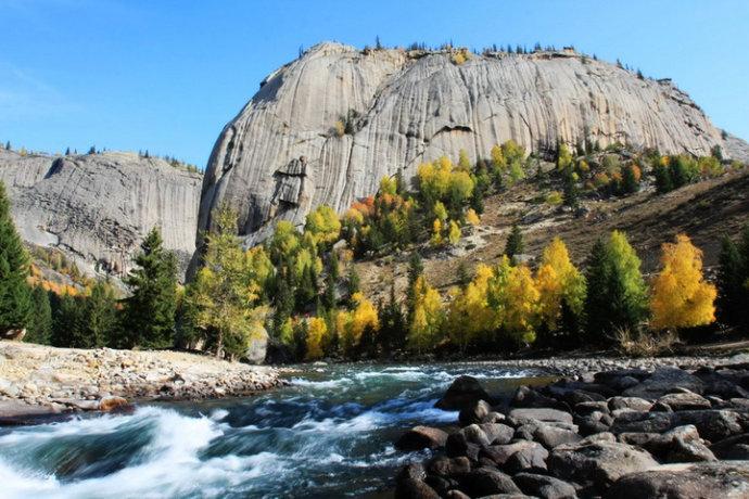 新疆可可托海国家地质公园