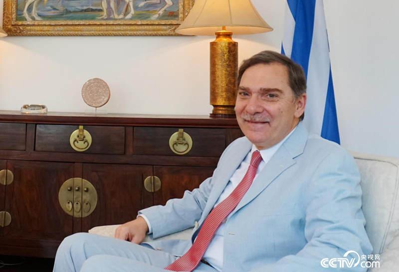 希腊驻华大使罗卡纳斯