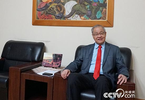 菲律宾驻华大使罗马纳