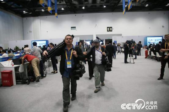 """""""一带一路""""国际合作高峰论坛吸引了近4500名中外记者"""