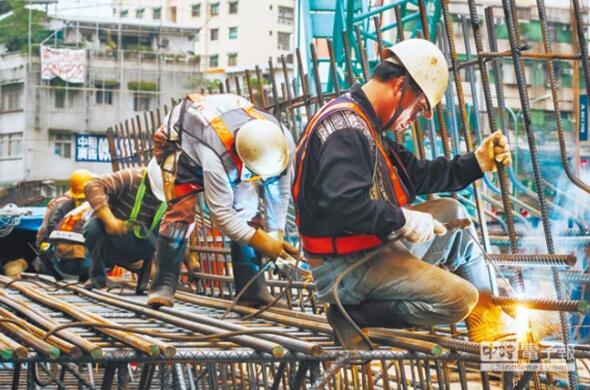 蔡英文就职一周年民间投资创新低,拼经济交白卷。