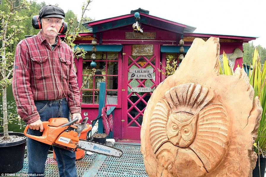 Wayne Adams is a carver who supports the couple by selling his sculptures carved out of wood, fossilized ivory and mammoth tusk.