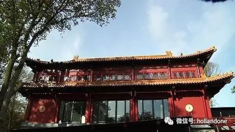 熊猫园具有十足的中国风格