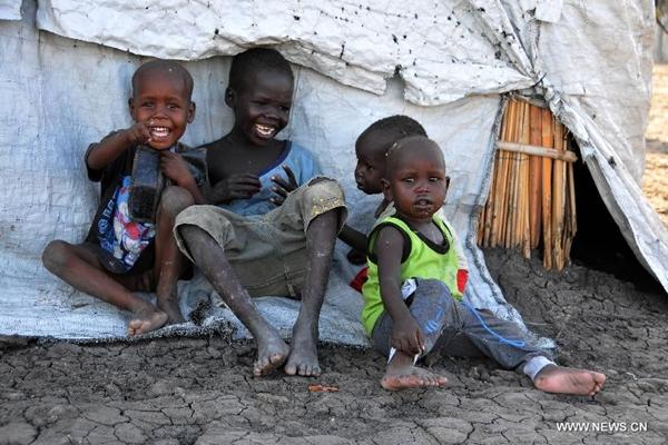 تحقيق اخبارى: لاجئو جنوب السودان يواجهون معاناة قابلة للتصاعد مع دخول الخريف