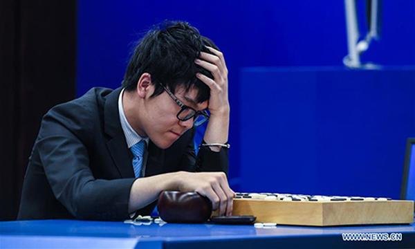 AlphaGo bat à nouveau le grand maître chinois de go Ke Jie