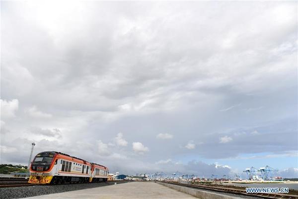 بدء تشغيل خط مومباسا ـ نيروبي الحديدي