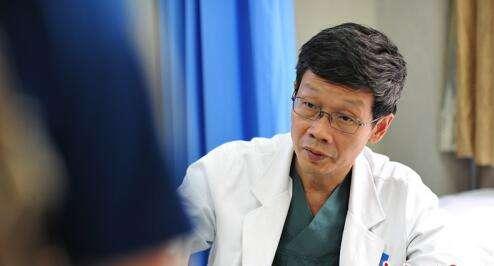 """刘海鹰:病人的""""脊梁"""""""