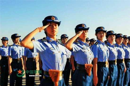 中国空军第10批女飞行学员。(资料图)
