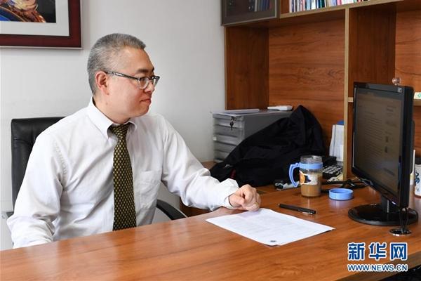 جيا يي.. عيادة دولية تخدم طريق الحرير
