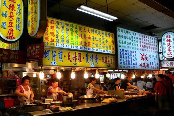 هونغ كونغ تتصدر قائمة أفضل عشر عواصم للطعام