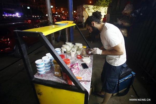 """تحقيق : """"عربية فول"""" .. مشروع خيري لشباب مصري في شهر رمضان"""