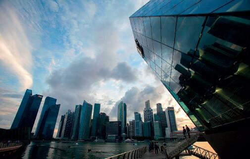 撕裂的新加坡:曾经的亚洲四小龙风光不再_新